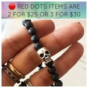 🔴SALE ! Men or women Lava rock skull bracelet